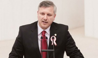 ak-parti-de-bir-milletvekili-daha-istifa-ediyor